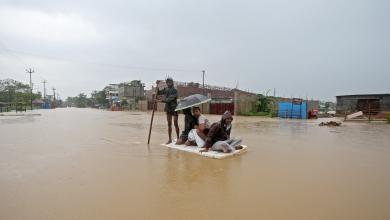 صورة فيضانات تقتل العشرات وتشرد الملايين
