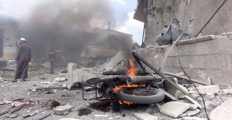 """الحرب السورية - صورة""""تعبيرية"""" من غارات 17 يوليو الجاري - رويترز"""