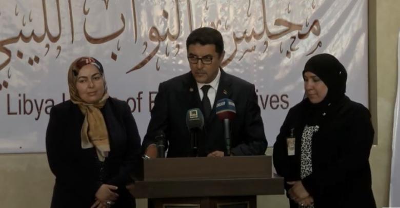 بعض أعضاء مجلس النواب المجتمعين في طرابلس - صورة أرشيفية