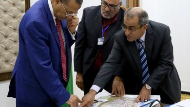 """Photo of الثني يوجه بتنفيذ مشروع طريق """"امساعد راس جدير"""""""