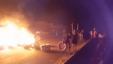 Photo of مصادر لـ218: حرق إطارات واحتجاجات في طرابلس بسبب انقطاع الكهرباء