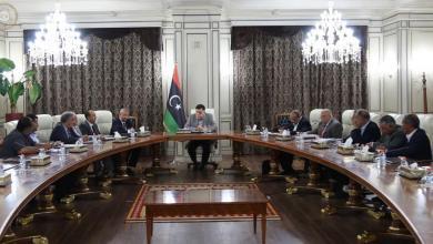 Photo of السراج يبحث مع عمداء بلديات تطورات الأزمة