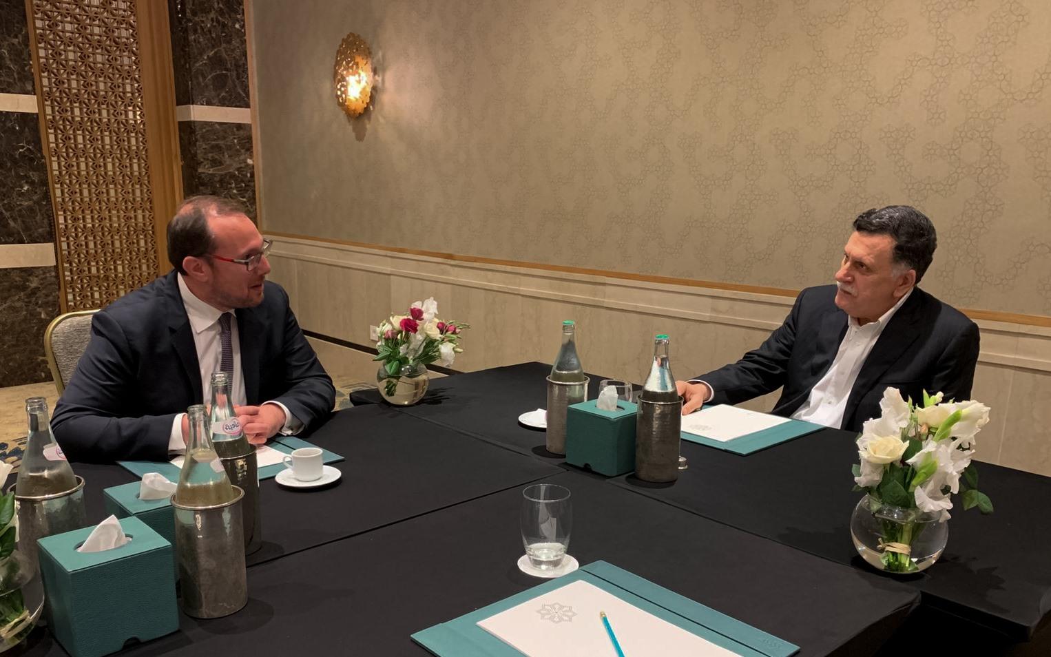 فائز السراج يلتقي في تونس مع القائم بأعمال السفارة الأميركية لدى ليبيا
