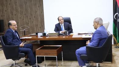 Photo of معيتيق يدعو لمنح البلديات مخصصات استثنائية