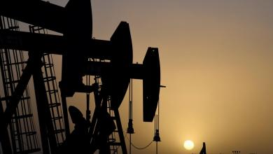 Photo of أسعار النفط تعاود الارتفاع بعد خسائر الأربعاء