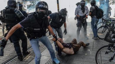 صورة مناوشات بين الشرطة الفرنسية ومحتجين