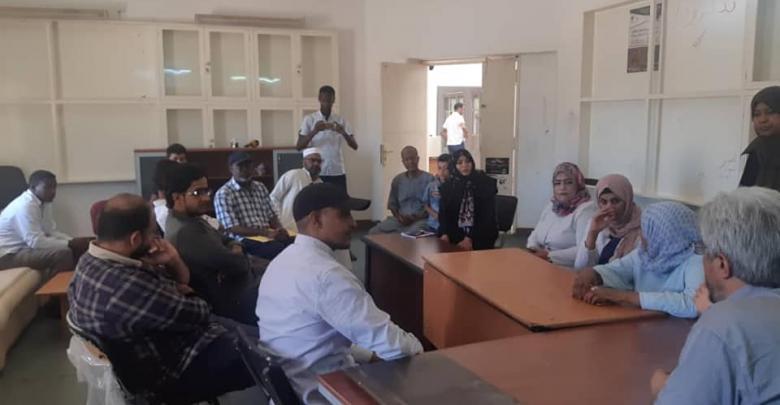مركز سبها الطبي يجهز قافلة طبية لنازحي مرزق في مدينة سبها