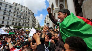 Photo of لجنة الحوار في الجزائر تشرع في المفاوضات