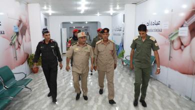 صورة وفد من القيادة يزور جرحى القوات المسلحة