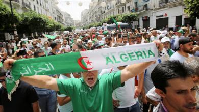 "Photo of الجزائريون قالوا كلمتهم ""لا للعسكريين في الحكم"""