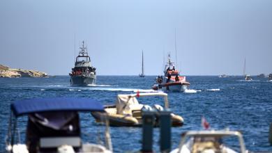 Photo of أزمة جديدة أمام المهاجرين العالقين قبالة سواحل إيطاليا