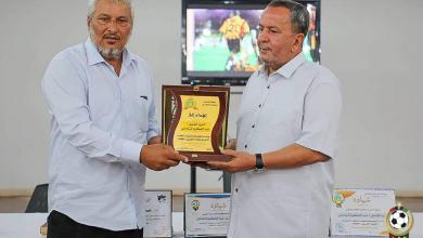 Photo of رابطة أندية بنغازي تكرم رئيس اتحاد الكرة