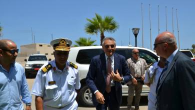 Photo of السفير الإيطالي يزور مقر رئاسة أركان القوات البحرية