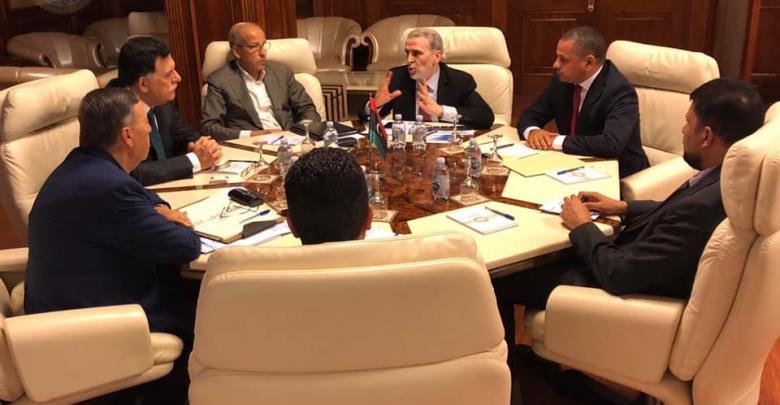 نفط ليبيا على طاولة اجتماع السراج بصنع الله والكبير ووزارء ومسؤولين هيئات سيادية