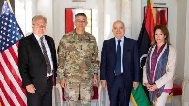 "Photo of سلامة يبحث الأزمة الليبية مع قائد ""أفريكوم"""