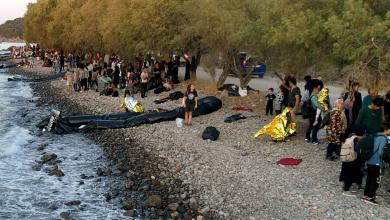 Photo of موجة لاجئين تجتاح سواحل جزيرة ليسبوس