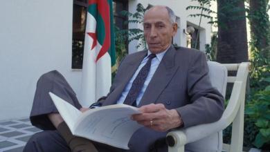"""Photo of """"ظروف وفاة"""" رئيس أسبق للجزائر.. تُشْعِل جدلاً"""