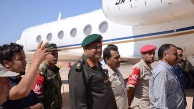 """Photo of آمر """"طبرق العسكرية"""" يتفقد المطار ومرافقه"""