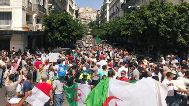 Photo of تجدد التظاهرت المطالبة برحيل رموز الفساد في الجزائر
