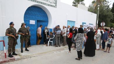 "Photo of أبواب قصر قرطاج ""مقفلة"".. بانتظار ""جولة ثانية"""