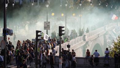 Photo of اشتباكات واعتقالات باحتجاجات جديدة في باريس