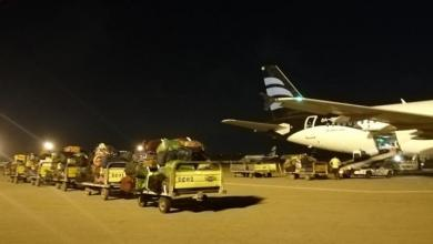 Photo of استهداف مطار معيتيقة بقذائف صاروخية
