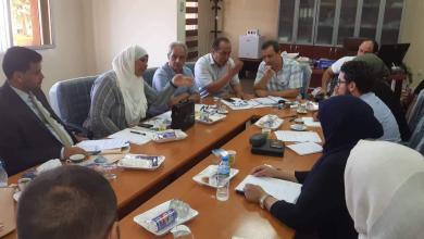 """Photo of """"صحة المؤقتة"""" تبحث مع منظمات دولية تنمية القطاع"""