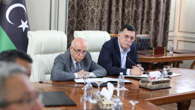 """Photo of السراج يبحث عن """"تصورات"""" لحل الأزمة"""