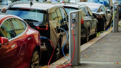 Photo of السيارات الكهربائية.. خطر يتربص باقتصاد ليبيا