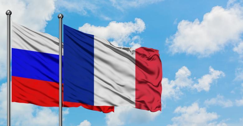 علمي روسيا وفرنسا