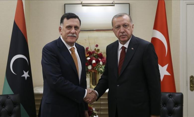 رئيس المجلس الرئاسي فائز السراج، مع الرئيس التركي رجب طيب أردوغان