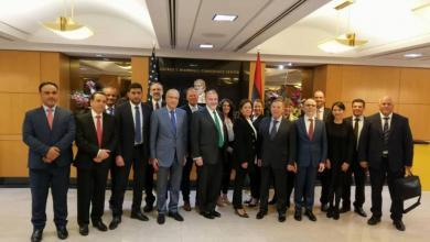 Photo of قُطبا الاقتصاد الليبي يجتمعان في واشنطن