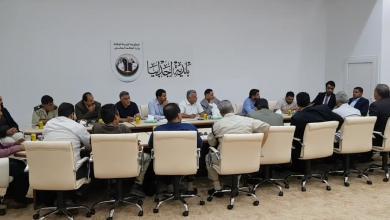 Photo of مسؤولو الكهرباء يتفقدون الشبكة الكهربائية باجدابيا