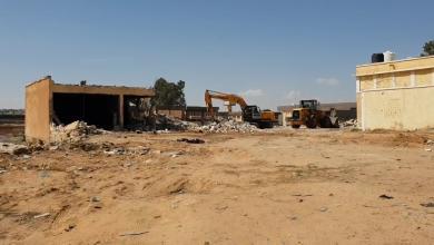 Photo of البدء بإزالة المباني العشوائية في ترهونة