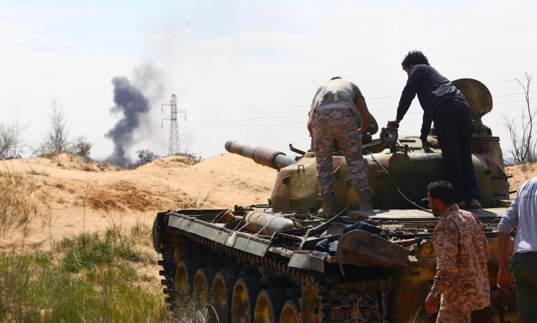 "Photo of تعزيزات عسكرية تُنذر باشتعال ""حرب طرابلس"""
