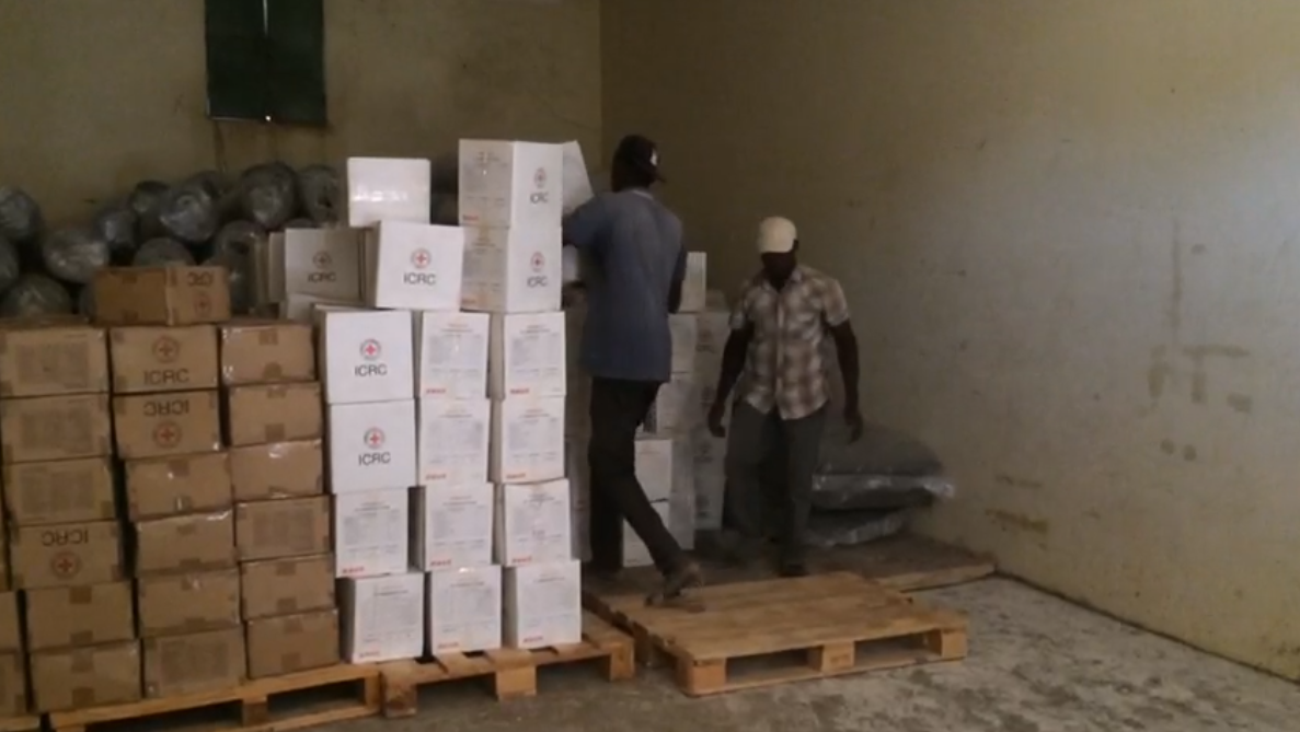 الهلال الأحمر بنغازي يوصل مساعدات لـ بن غشير