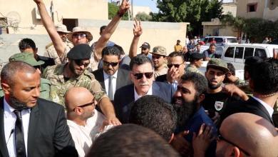 "Photo of السراج: القصف في الفرناج ""جريمة حرب وحشية"""