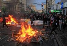 """Photo of تجدد الاضطرابات في شيلي رغم """"حالة الطوارئ"""""""