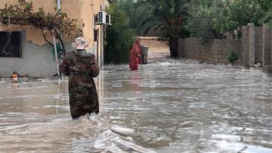 Photo of مياه الأمطار تحاصر أهالي رقدالين في بيوتهم (صور)