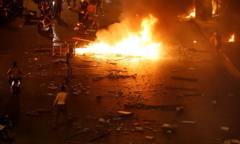 لبنان يغلي شعبياً.. وإضراب عام اليوم