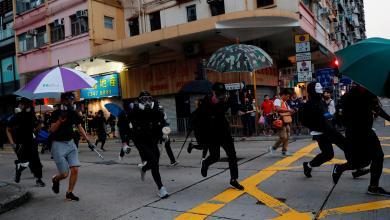 "Photo of "" فوضى عارمة"" بمظاهرة ضخمة في هونغ كونغ"