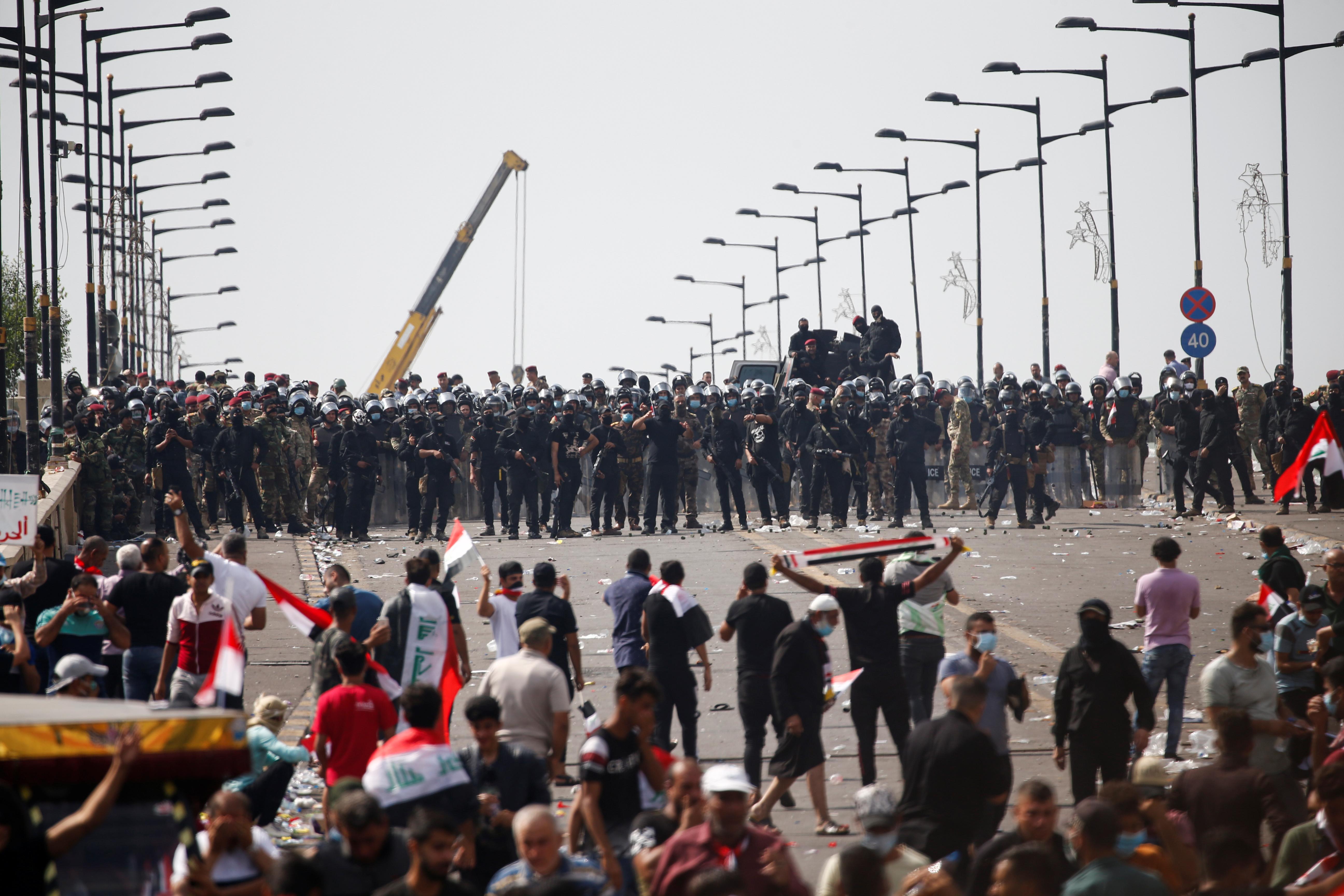 مظاهرات العراق ضد الحكومة والطبقات الحاكمة