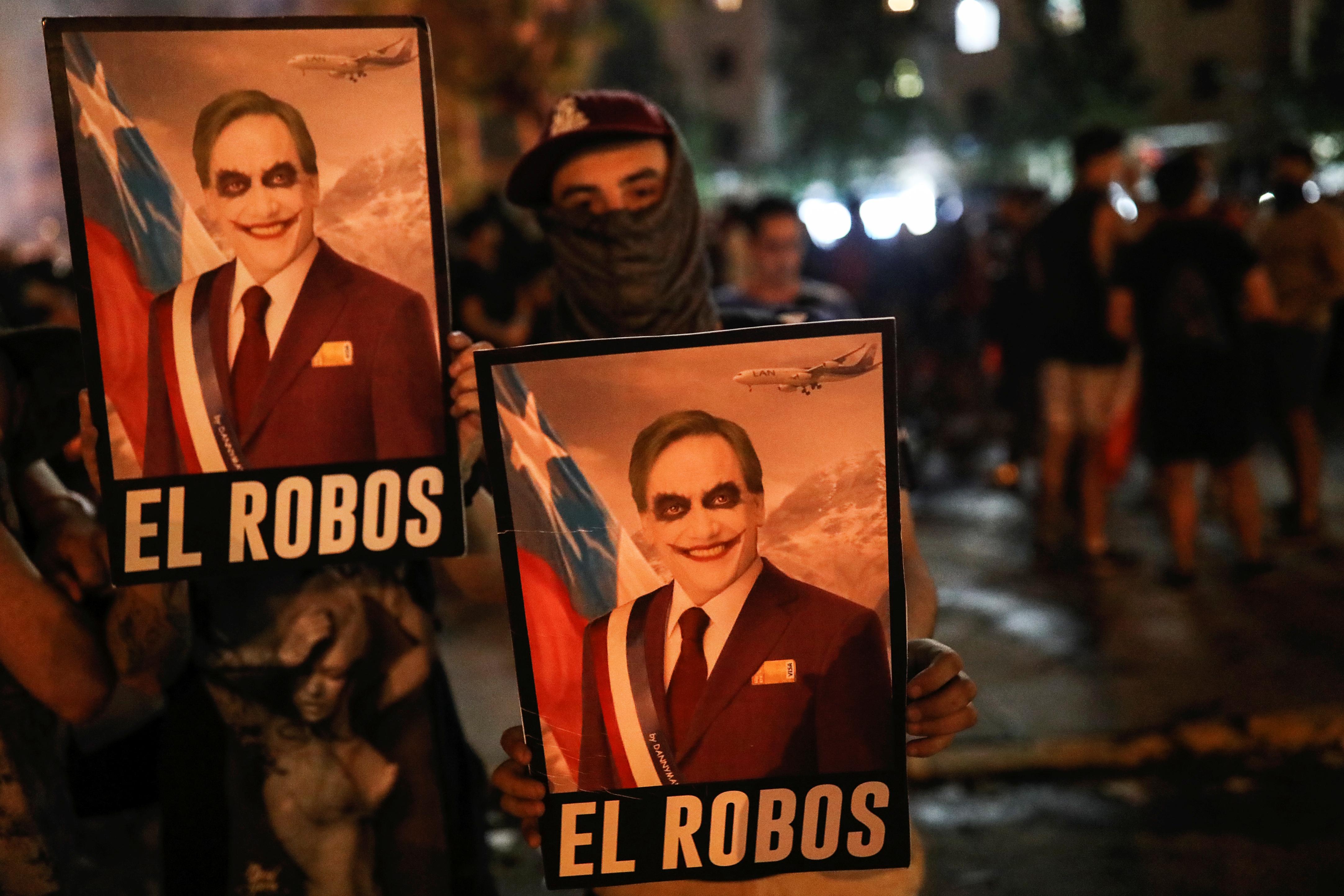 سنتياغو تشهد خروج مليون متظاهر ضد الحكومة في تشيلي