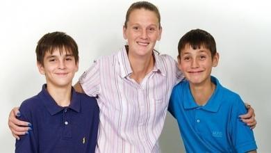 صورة بريطاني ينقذ حياة شقيقه بتطبيق درس مدرسي
