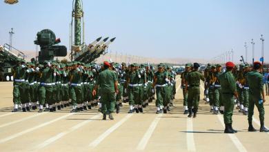 Photo of الجيش يطالب أهالي طرابلس عدم الاقتراب من تمركزات مجموعات المسلحة
