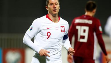 "Photo of ""هاتريك ليفاندوفسكي"" يقرب بولندا من اليورو"