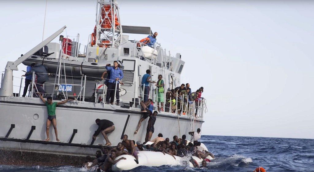خفر السواحل الليبي يعترض 150 مهاجرا غير قانوني