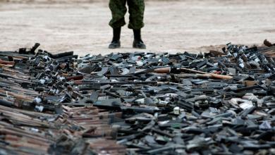 Photo of اجتماعات أمنية وسياسية تبحث إمكانية تسليم سلاح المجموعات المسلحة للجيش