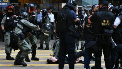 Photo of شرطة هونغ كونغ تستخدم العنف لمواجهة التظاهرات
