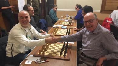 """Photo of الليبي جلال شاهين يحرز فضية """"جوفن هل"""" للشطرنج"""